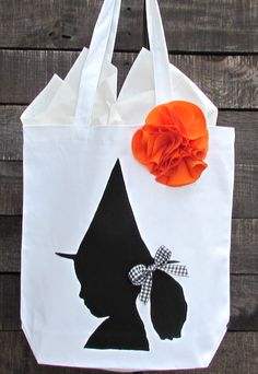 Silhouette Trick or Treat Bags for Halloween