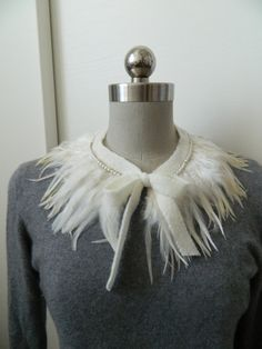 White Feather Collar Necklace with Adjustable by violajanedesigns, €26.00