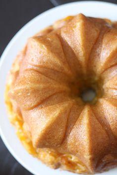 peach vanilla bean bundt cake