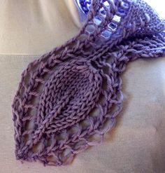 Victorian Rose PDF Hand Knitting Pattern par KnitChicGrace sur Etsy, $6.00