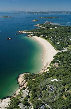 Singing Beach Manchester-by-the-Sea Singing Beach gets its name from the unique squeaking sound your feet make as you walk through the fine sand. How to get there: Singing Beach is within walking distance of the Manchester Depot MBTA commuter rail stop.