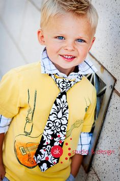 Getting this tie in Charcoal or lime green for Owen for Easter.  Great site for cute little boy ties!
