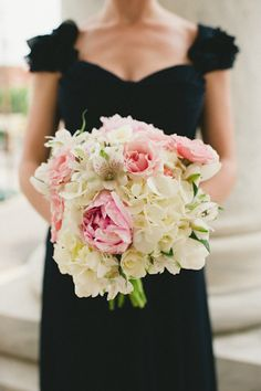pink + white bouquet | Spindle Photography