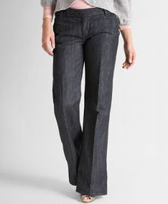 Jeans For Curvy Women On Pinterest Curvy Women Curvy Jeans And Bey