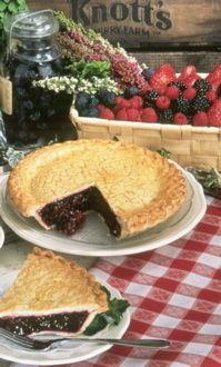 Knott's Boysenberry Pie Recipe knott berri, berri farm, pies, pie recipes, boysenberri pieyum, boysenberry pie recipe