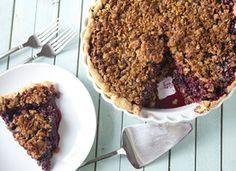 Cascadian Farm Blackberry Granola Crumb Pie #12daysofpie