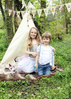 Kids in a Moozlehome.com MIDI teepee #teepee #wigwam #kidsteepeetent #bunting #dreamcatcher