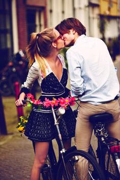 wrap dresses, romanc, kiss, bike rides, spring summer