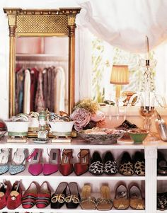 Everything beautifully in its place #closet #dressing_room #mirror #organization #shoes