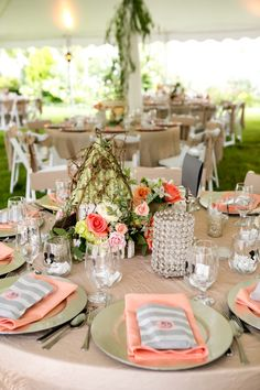table settings, deco table, candy bags, centerpiec, rustic table, color, weddings, nashville, peaches