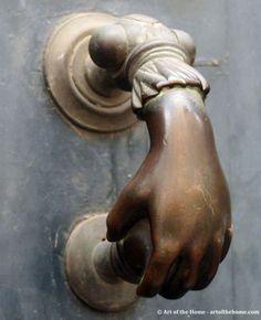 EXTERIOR DOORS KNOCKERS LOCKS | antique door knockers photo 1 the door knocker below is