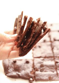 Crispy, Crunchy, Wafer Thin Brownies from @barefeetkitchen