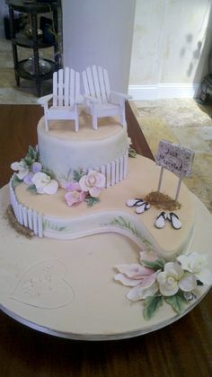 Beach Wedding Cake - Banana Macadamian Cake with coconut cream...Fondant decorations
