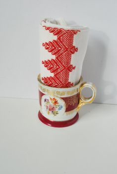 Vintage Valentines Gift Set, Valentines Mug & Hand Towel, Vintage Valentines Gifts