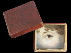 """So-called """"Memory Box"""" made of embossed and painted paper, ca. 1830. Collection of Dr. and Mrs. David Skier. #lookoflove #eyeminiatures #loverseye"""