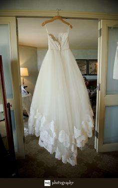 Stylish & Classy Wedding at The Windsor Court | Jessica & George Wedding | MQ Photography, New Orleans Wedding Photography