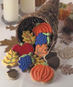 dimensional thanksgiving cookies Repinned By: #TheCookieCutterCompany