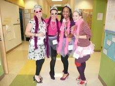 Fancy Nancy halloween costume for a teacher: this blog has great ideas too!