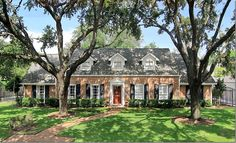 What it Takes to Have a Classic House | Maria Killam
