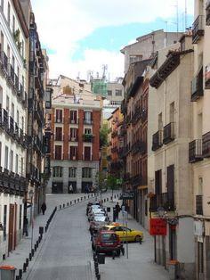 Calle de la Escalinata, Madrid, Spain