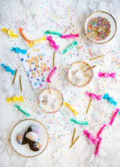 Confetti Cake Birthday Cocktail Recipe with Sprinkle Rim #Birthday #Cocktail #Recipe