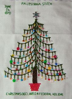palestrina stitch Christmas tree