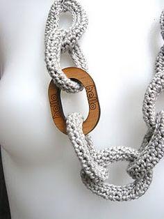 Crochet Chain Link Necklace tutorial by Shara Lambeth Designs