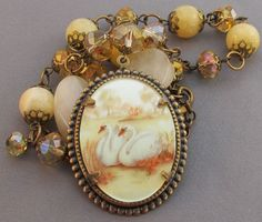 Vintage Cameo Swans Necklace Wedding Jewelry (love it!)