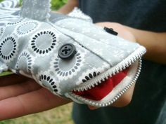 Shark pencil case - free pattern