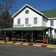 NORTH FORK, LONG ISLAND -- Looking for that perfect home-made fruit pie? Try Long Island's Briermere Farms in Riverhead