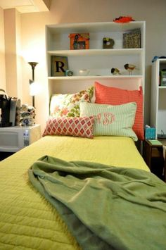 bedroom design, I would love one of those bookshelf thingies. pillow, headboard, color schemes, dorm ideas, shelv, small spaces, dorm rooms, colleg, bedroom
