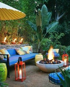 Great outdoor space, outdoor patio, firepit, fire pit, backyard, relaxing space