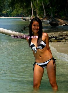 I am a Sexy woman. I can write and speak English. I am a small woman.  The guy who is sincere,like to take care, not  selfish, not butterfly.  http://www.thaidarling.com/asiangirls/sexy-asian-women-dating-no-brc-35461-lada-32-years-old-single-woman-bangkok-thailand/