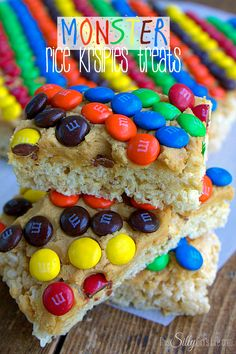 Make these Monster rice krispies treats with the team colors for football parties!