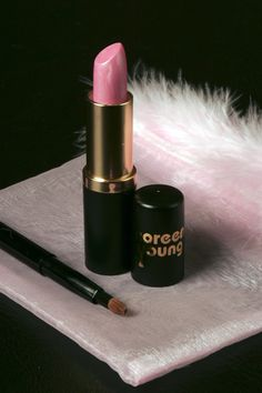 China Doll Lipstain With Shimmer! www.noreenyoung.com
