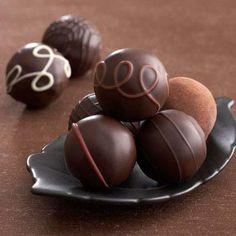 gift boxes, raspberri, chocolates, valentine day, gifts, chocolate candies, chocolate truffles, chocol truffl, heart health