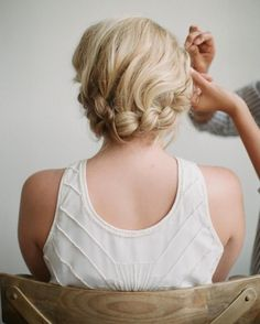 This halo braid is perfect for any formal occasion.
