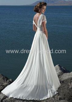 beautiful classic wedding dress back
