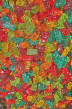 :: gummy bears ::