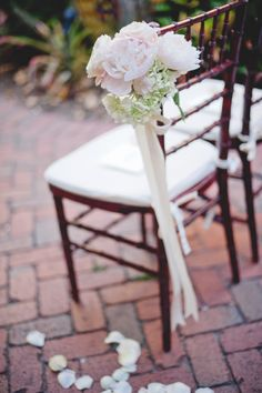 Blush pink peony and white hydrangea aisle marker by Botanica #wedding #weddingflowers #Botanica