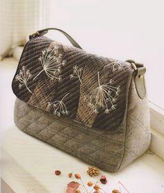 How to make tutorial shoulder tote Bag Handbag  purse women sewing quliting quilt patchwork applique pdf pattern patterns ebook. $6.00, via Etsy.
