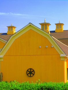 Love the color of this barn!