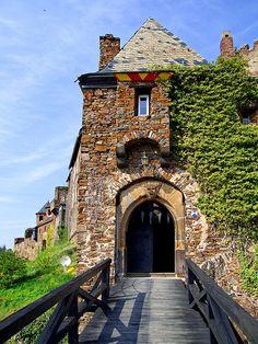 Thurant Castle, Draw Bridge, Rhineland-Palatinate, Germany