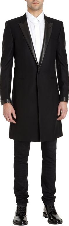 One button peak lapel jetted pocket coat