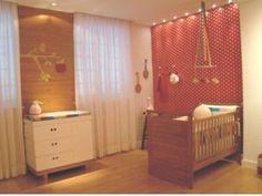quarto bebê vermelho
