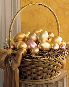 golden easter, diy crafts, color, birthdays, easter decor, bows, easter eggs, baskets, golden egg