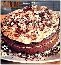 #Chocolate #RumCake - beat the Monday Blues with this gorgeous cake! #RT if you love #Cake