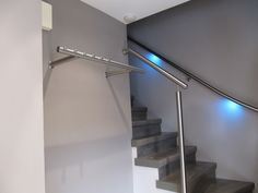 Trapleuning met led verlichting praxis – Licht in de badkamer