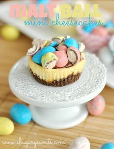 Malt Ball Mini Cheesecakes with Chocolate Ganache: easy, mini cheesecakes that are perfect for Easter! #philadelphia #cheesecake @Shugary Sweets