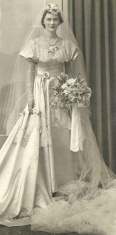 Vintage 1940's Bride